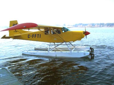 112f7f387de8ed Dream Aircraft - Photos - Customer plane On water
